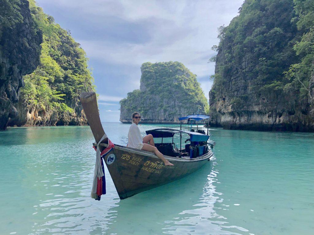 Loh Samah Bay - Hidden Beach