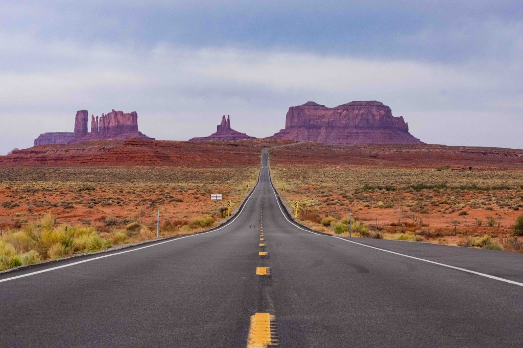 Road Trips Monument Valley - What are different type of Vacations? Check out the different types of vacations available to any traveler and find out what's best for you!