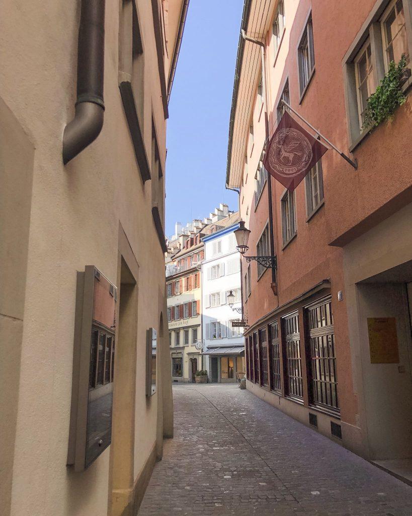 Old Town Zurich. How to Spend a Day in Zurich, Switzerland. Old City Zurich.