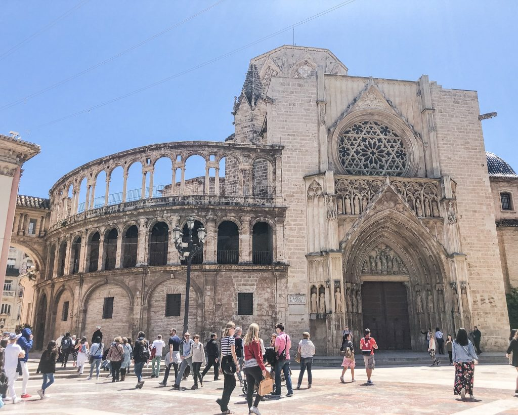 Top 10 Things To Do in Valencia, Spain. Valencia Cathedral. Spanish Cathedrals. Old Town Valencia. What to see in Valencia, Spain.