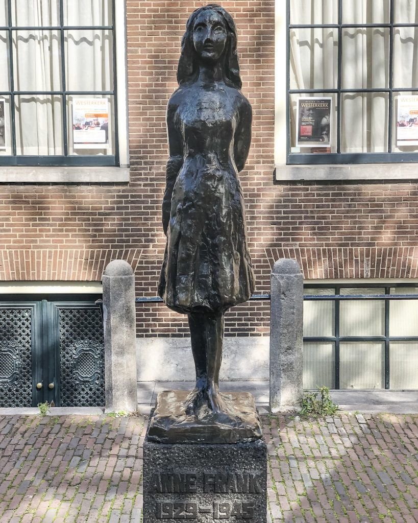 11 Best Things To See And Do in Amsterdam. Visit the Anne Frank House. What to do in Amsterdam. Where to go in Amsterdam. Sightseeing in Amsterdam. Anne Frank. Visit Anne Frank's house.