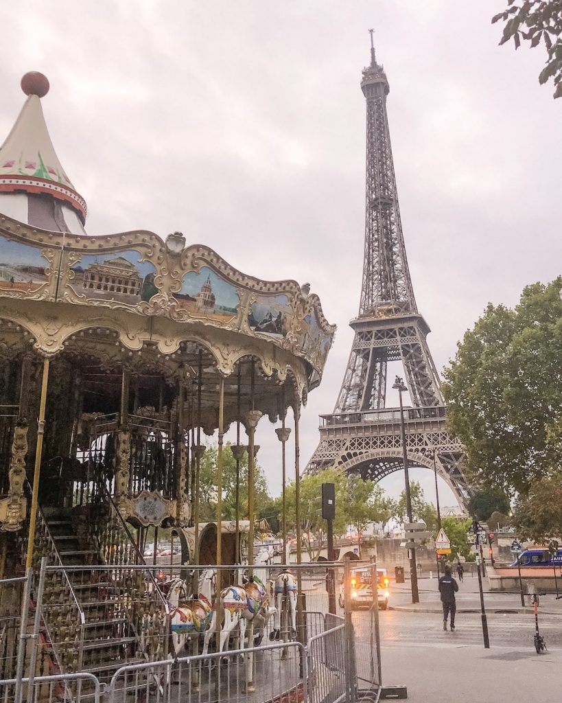How to Make the Best of 48-Hours in Paris, France. Best Eiffel Tower photo spots. Eiffel Tower, Pont d'Iéna and The Carousel. Where to take the best photos of the Eiffel Tower.