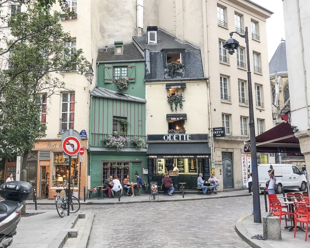 How to Make the Best of 48-Hours in Paris, France. Odette Pastery shop. Odette cream puffs. Wander around Latin Quarter.