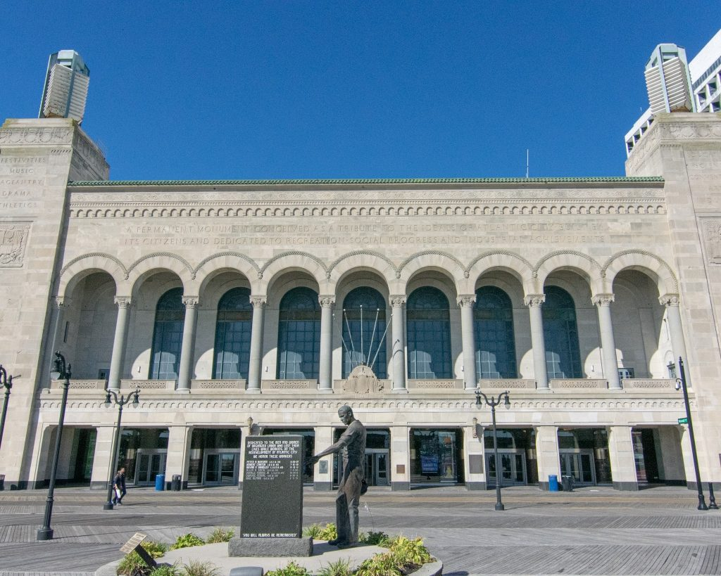 Things to do in Atlantic City in the Winter. Boardwalk Hall. Event halls in AC. See a show in AC. What to do in AC.