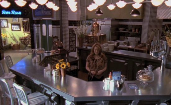 """Most Memorable """"One Tree Hill"""" Locations Every Fan Can Visit. Places to visit in Wilmington, NC"""