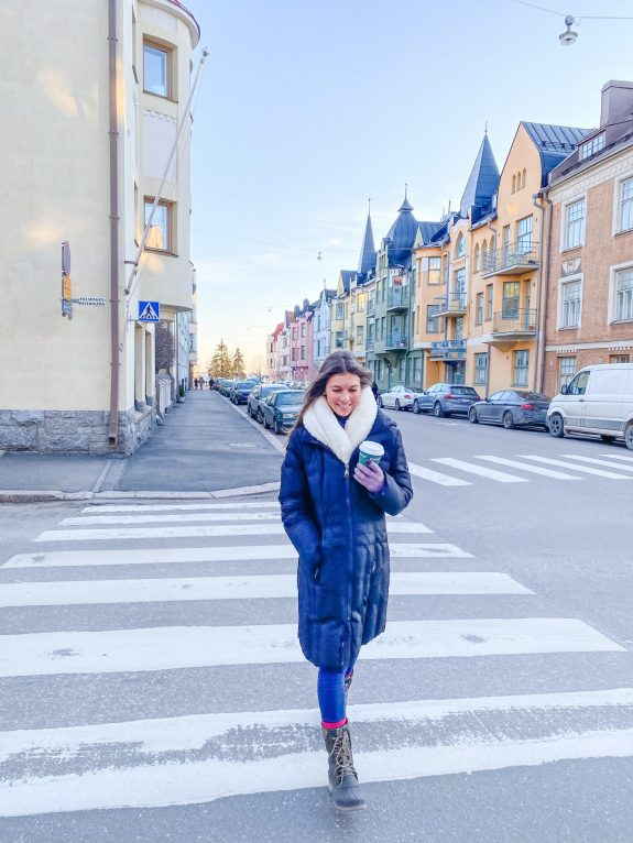Walk along Huvilakatu Street. One Day in Helsinki Finland: What to do – with Video! What to do in Helsinki. One day in Helsinki. Helsinki Cathedral. Market Square. Deli Deli. Cafe Regatta. Loyly. Allas Sea Pool. SkyWheel Helsinki.