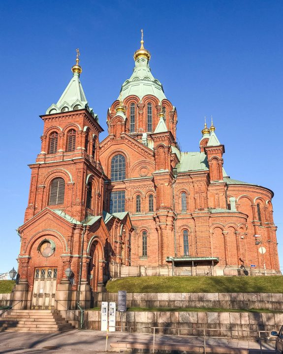 Uspenski Cathedral. One Day in Helsinki Finland: What to do – with Video! What to do in Helsinki. One day in Helsinki. Helsinki Cathedral. Market Square. Deli Deli. Loyly. Allas Sea Pool. SkyWheel Helsinki. Walk along Huvilakatu Street. Cafe Regatta.